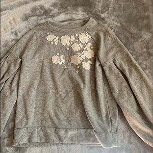 Gap Kids sweater with white flowers